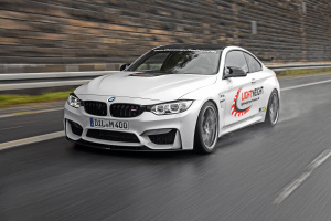 1_Lightweight BMW M4
